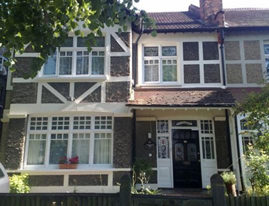 Grosvenor Ave