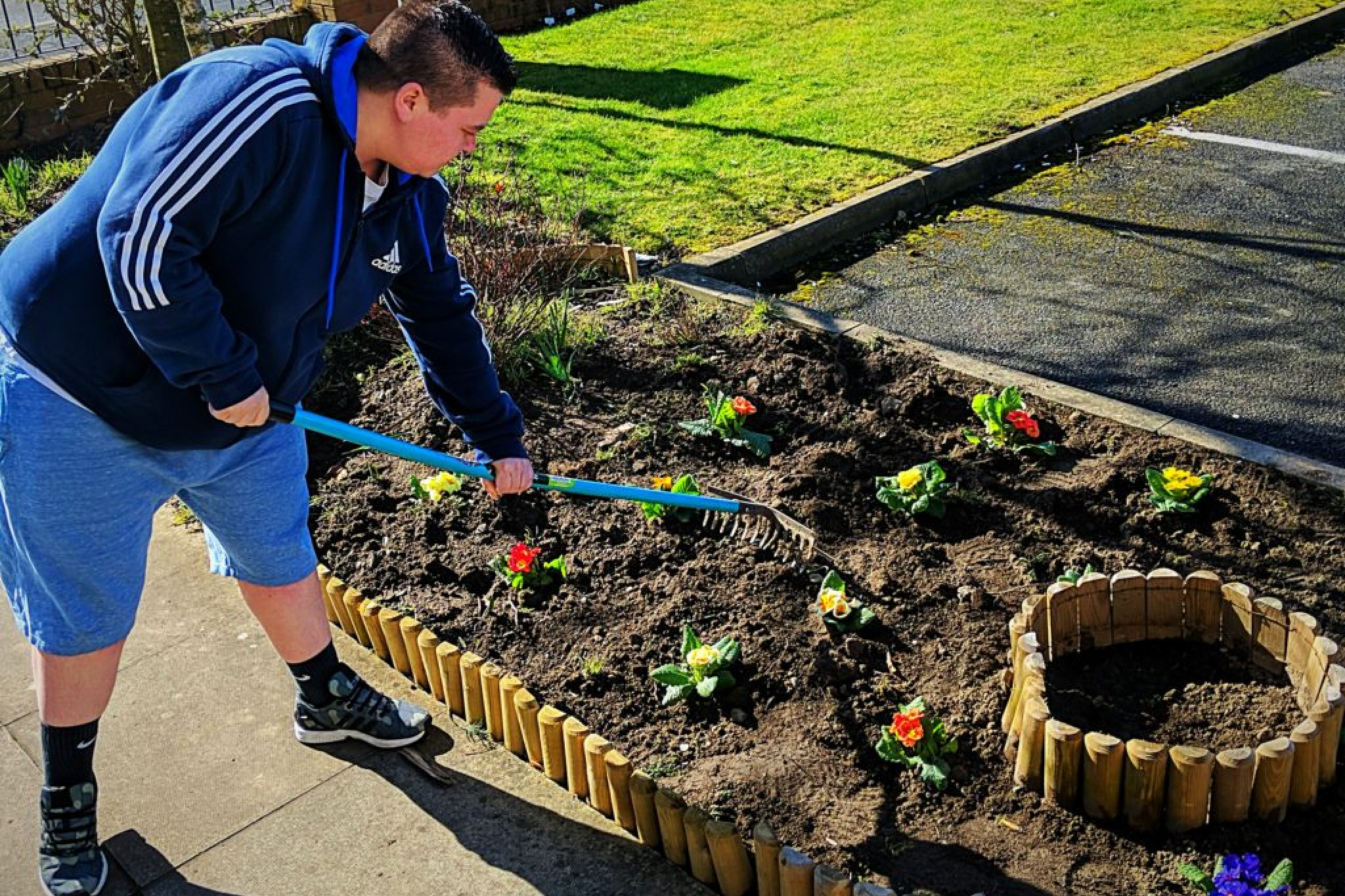 SIL Bluebell Court - Gardening Project